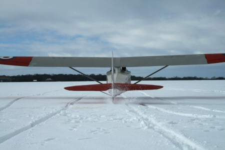 WB922 Launching in the Snow
